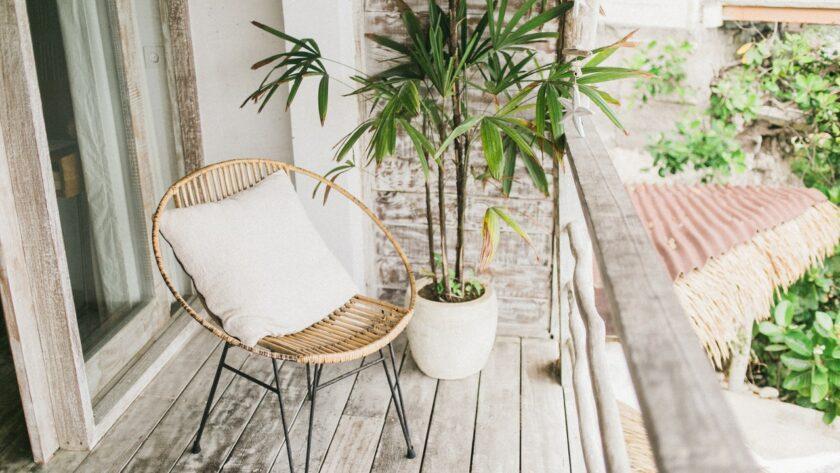 Tuineren met balkon